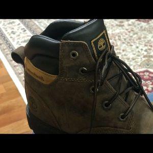 Dark Brown Timberlands Boots (Boys Sz 6)
